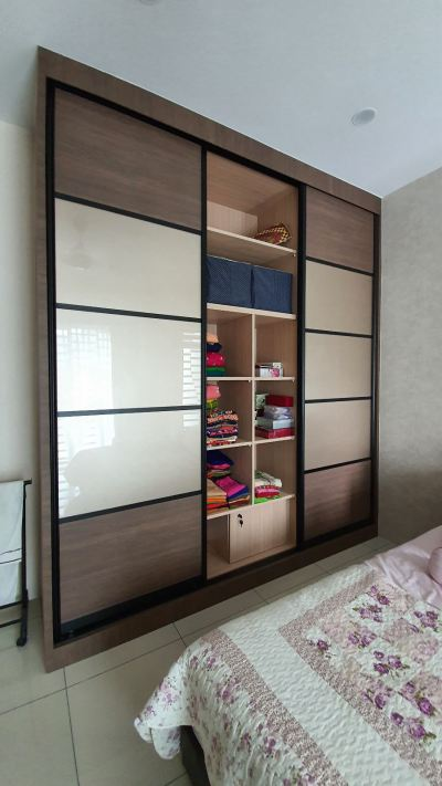 Customize Wardrobe Design by Sweet Home