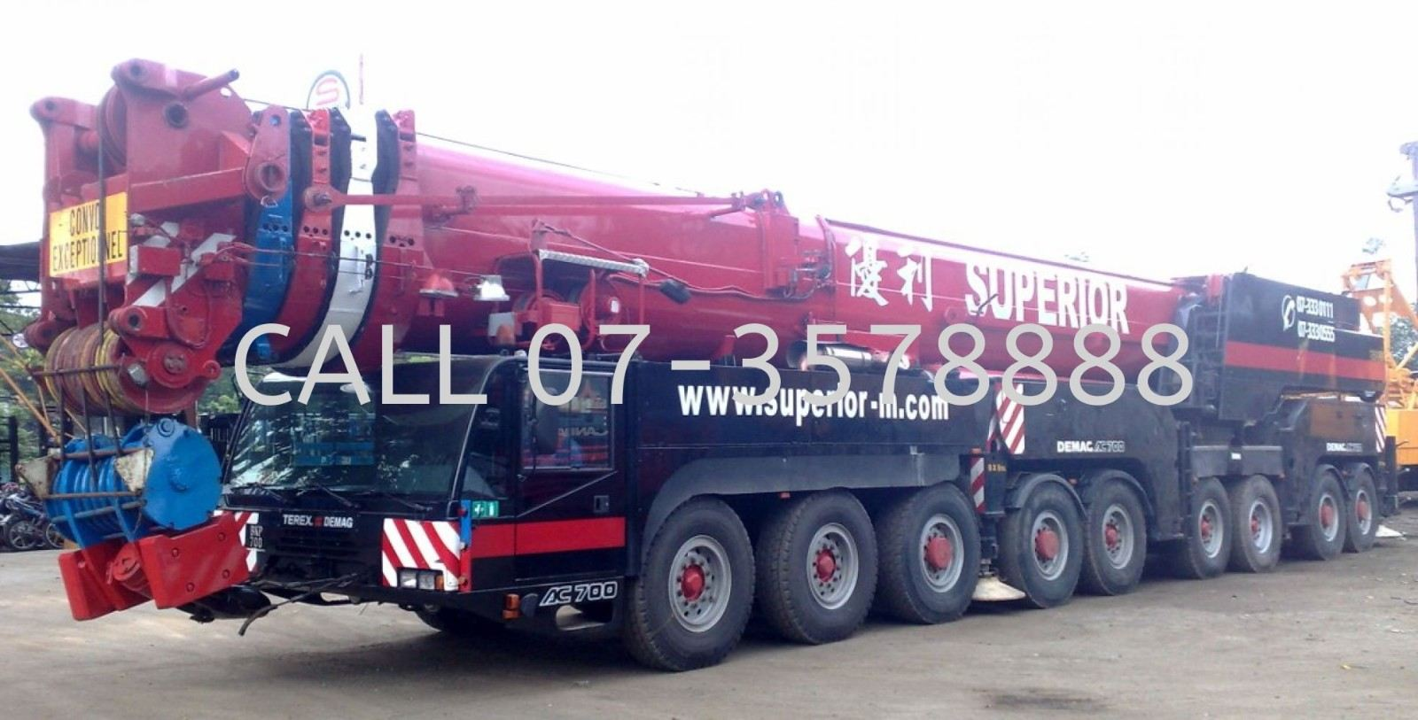 700 Ton All Terrain Crane