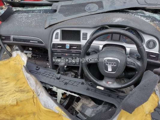 Audi A6 C6 S line Dashboard