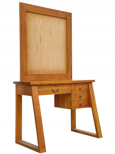 Dressing Table (With Mirror Frame)