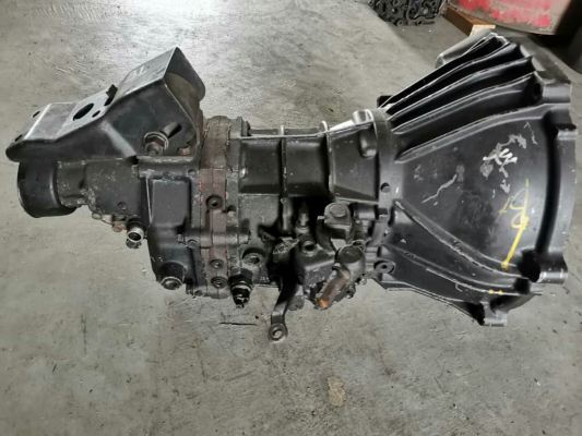 TOYOTA DYNA LY80, LY100, LY111 GEAR BOX 5SP2L, 3L, 5L