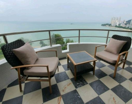 Best Seaview Condo in Penang Outdoor relax Dinning Sets design