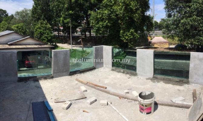 fencing 12mm tempered @jalan Burung Tukang. Batu 9 cheras