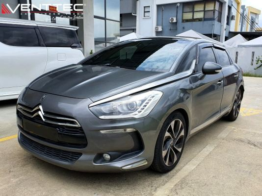 CITROEN DS5 11Y-18Y = VENTTEC DOOR VISOR