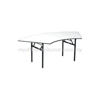 BQC600 Foldable Crescent Table 2100W x 600D x 760H mm