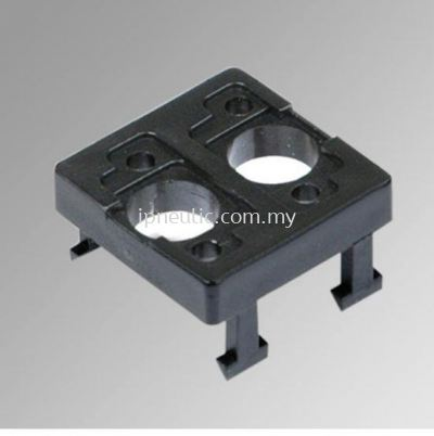 ACCESSORIES FOR SERIES 70-- 2 PLACES ADAPTOR THICKNESS 6.8MM