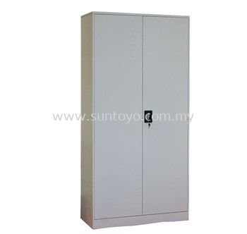 FULL HEIGHT CUPBOARD