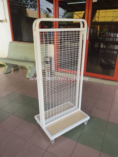 Oppa Double Netting Stand with Roller