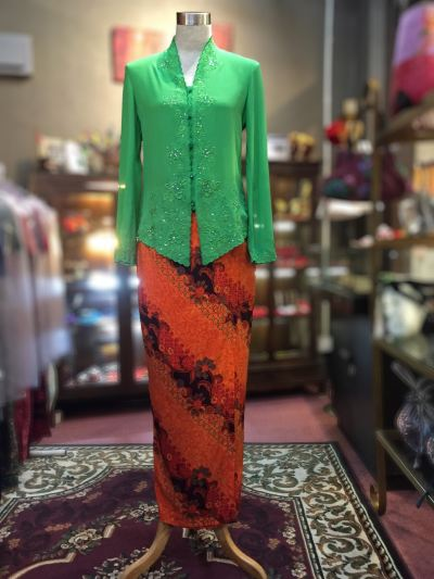��ɫѩ���廨���Ǹ�Q�� Size 36 Nyonya Kebaya Embroidery (Floral Motif) - Green