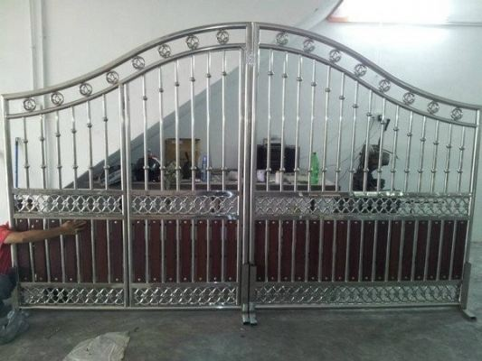 Curve Head Stainless Steel Gate Design
