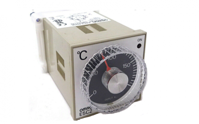 Omron E5C2  DIN-sized (48 x 48 mm) Temperature Controller with Analog Setting