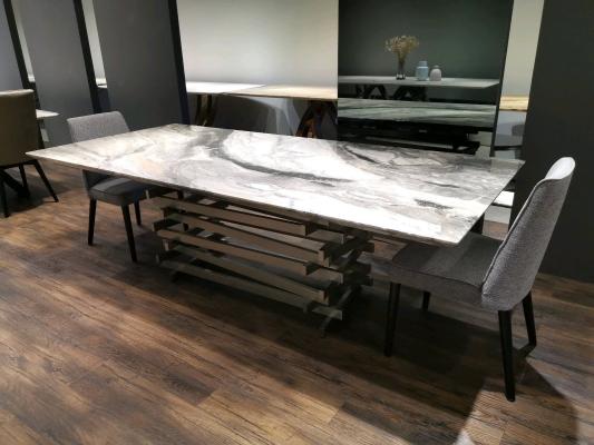 Rectangular dining table (2)