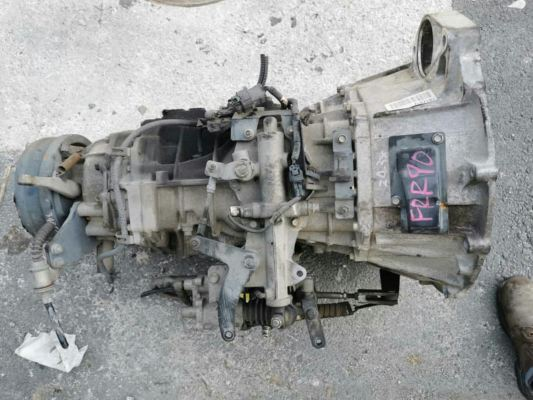 ISUZU FRR90  6HK1 GEAR BOX (6SP)  ISUZU FVR 6HK1 GEAR BOX (6SP)