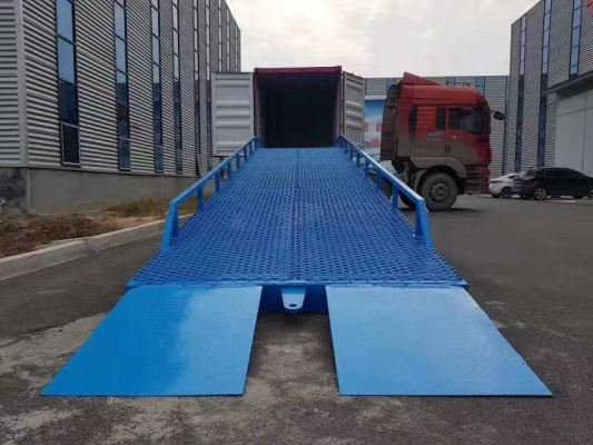 Material Handling Equipment Cargo Lift Warehouse Equipment Construction Equipments Farm Equipment Lifting Equipment