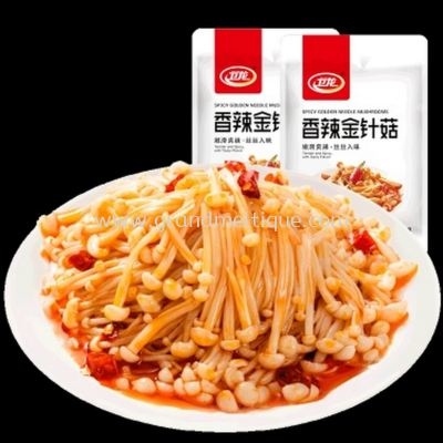 WEILONG SPICY GOLDEN NEEDLE MUSHROOM 卫龙香辣金针菇 150G