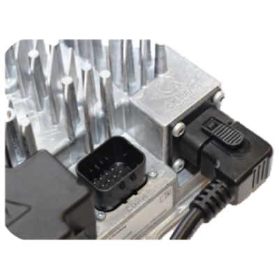 940-0005 Comm Charger