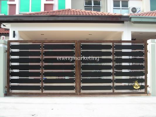 WIG 15- Wrought Iron Swing Gate