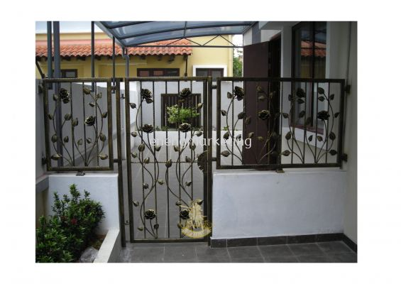 WIF 14- Wrought Iron Fencing