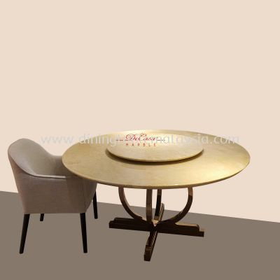 Perlatino | Italy | 8 seaters | Dining Table only RM6,999