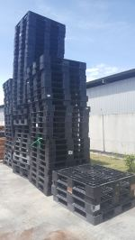 RECONDITIONED PLASTIC PALLET