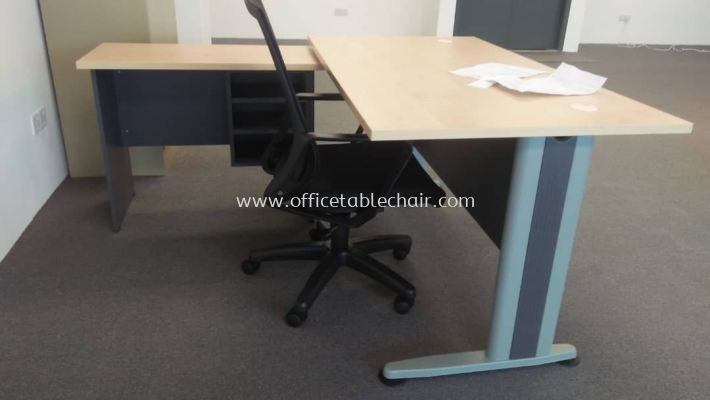 DELIVERY & INSTALLATION OFFICE TABLE SET (5' MTB58-OS24FD4)WITH SIDE TABLE & EDEX MESH CHAIR OFFICE FURNITURE PUDU, KUALA LUMPUR