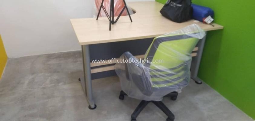 DELIVERY & INSTALLATION TL 1515 L-SHAPE TABLE & EDEX MESH CHAIR OFFICE FURNITURE SETAPAK, KUALA LUMPUR