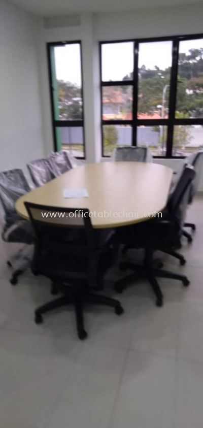 DELIVERY & INSTALLATION TOE 18 OVAL SHAPE MEETING TABLE & LOW BACK CHAIR OFFICE FURNITURE KEPONG