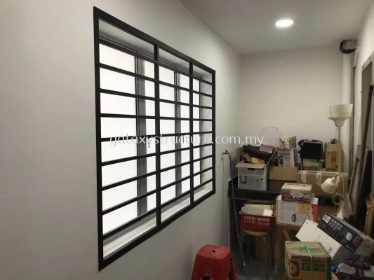 Window grille and sliding grille paint @ Lorong Cp6/45, Cheras Perdana, 43200 Cheras.