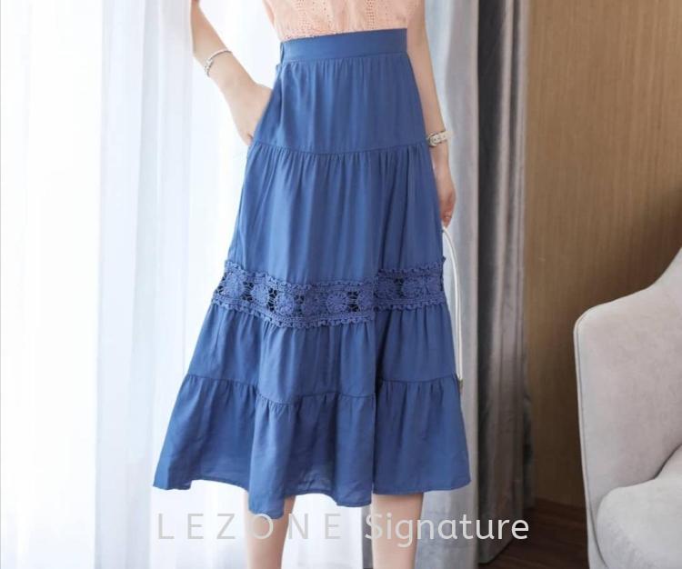 BZ6715 Laced Details Flare Skirt
