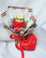 Falling In Love Valentine Bouquet 02