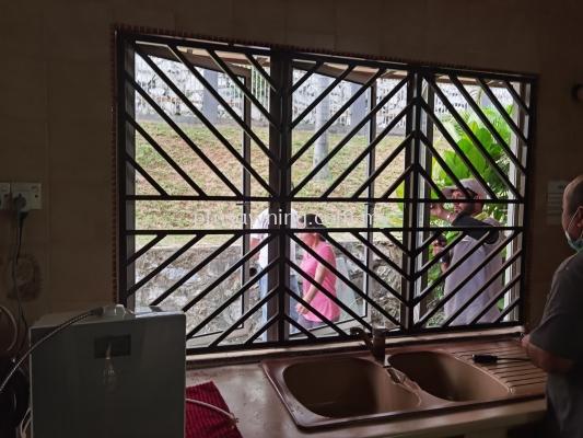 Window Grill @ Jalan Desa Jaya, Taman Desa, Kuala Lumpur