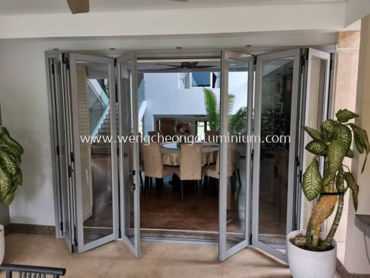 High Performance Folding Glass Door