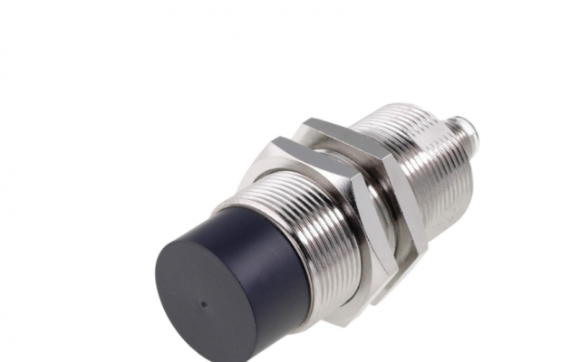 OMRON E2A Safe Mounting with Greater Sensing Distance