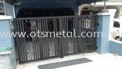 MMG030 Metal Main Gate (Grill)