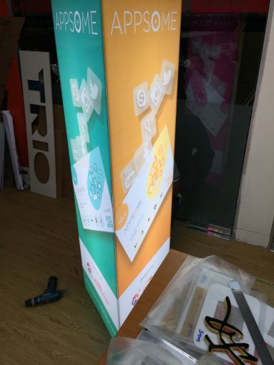 acrylic Standee Lightbox (Triangle)