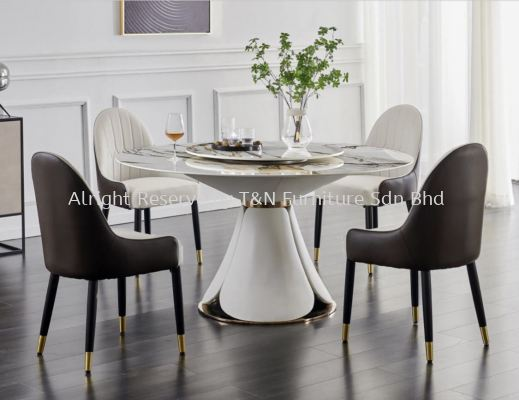 EM La Vista Round Marble Table Set