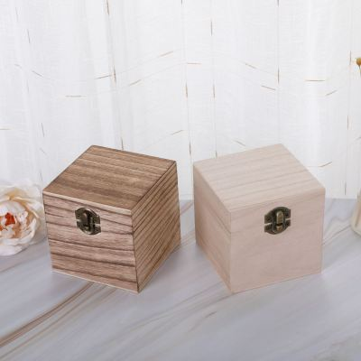 Wooden Box Square Clamshell box
