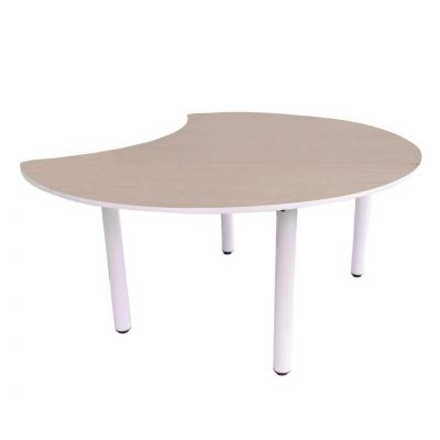 Q031 4' Moon Shaped Table