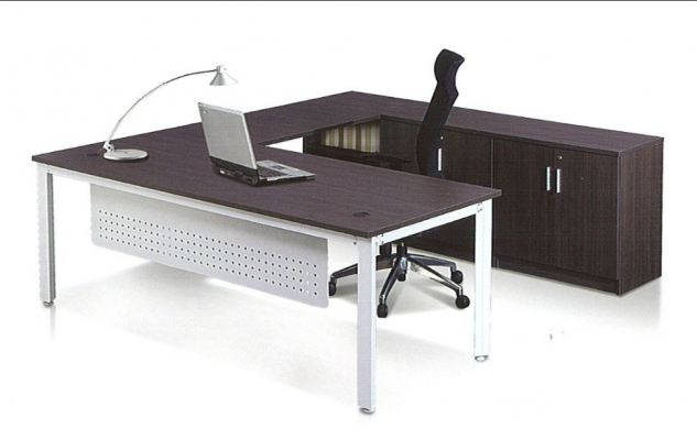 Executive L shape table with Vanda leg and cabinet