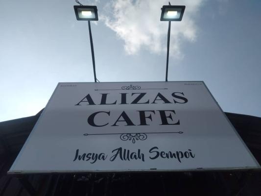 Alizas Cafe