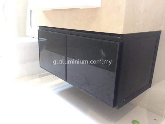 powder coating black + 5mm tinter glass (dark)