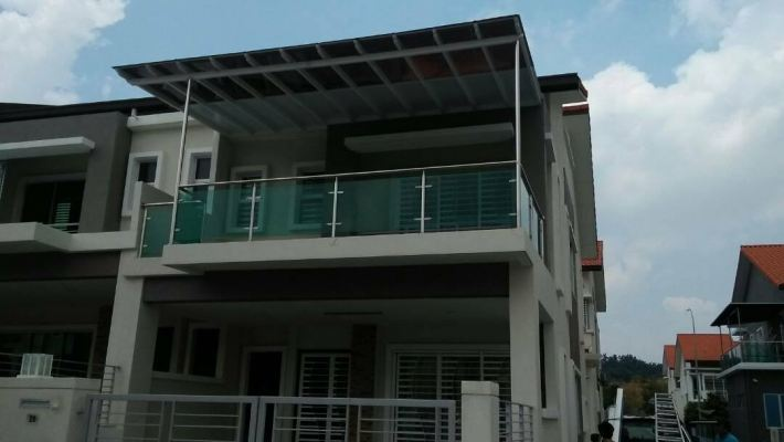 Sample Balcony Railing With Tempered glass Design In Selangor