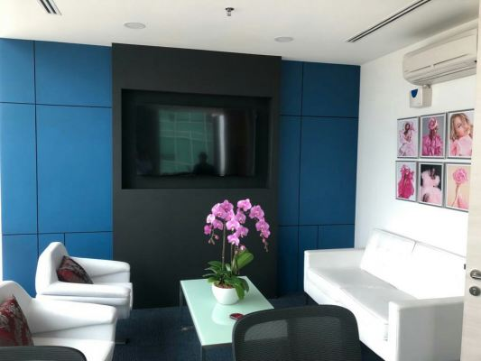 Tempered Colour Glass at Feature Wall