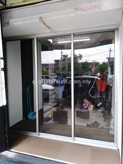 S. door 3 panel ( silver + clear glass) @Jalan Sri Serdang, Serdang