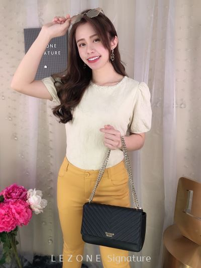 627159 Pearl Details Puff Sleeved Top