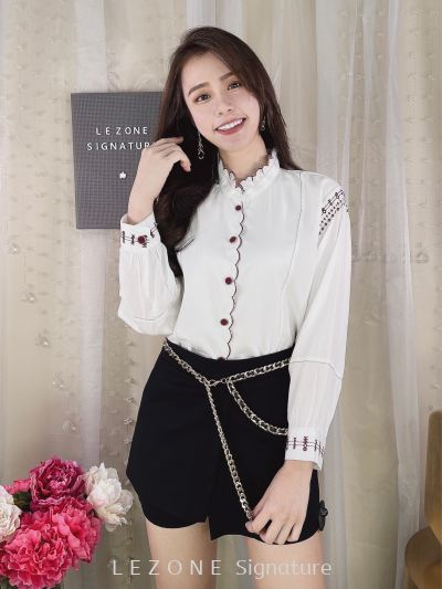 6862BB Embroiderd Front Button Top