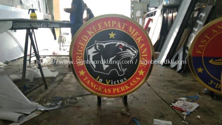 stainless steel gold mirror round logo signage signboard at puchong kuala lumpur