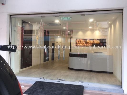 city smile stainless steel gold mirror backlit indoor signage signboard at puchong kuala lumpur