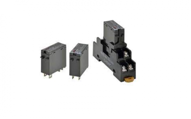 OMRON G3RZ Power MOS FET Relays with the Same Shape as the G2R for Both AC and DC, Capable of 1 A Lo