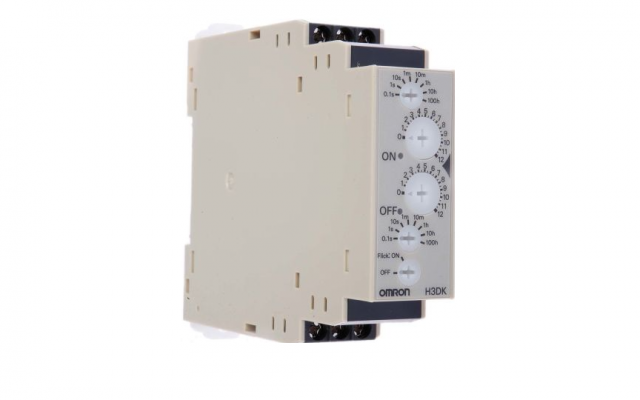 OMRON H3DK-F IN Track-mounted, 22.5-mm-width Standard Timer Series